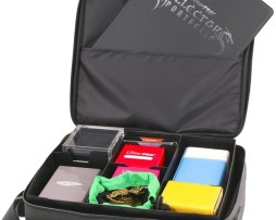 Ultra Pro Deluxe Gaming Case 1